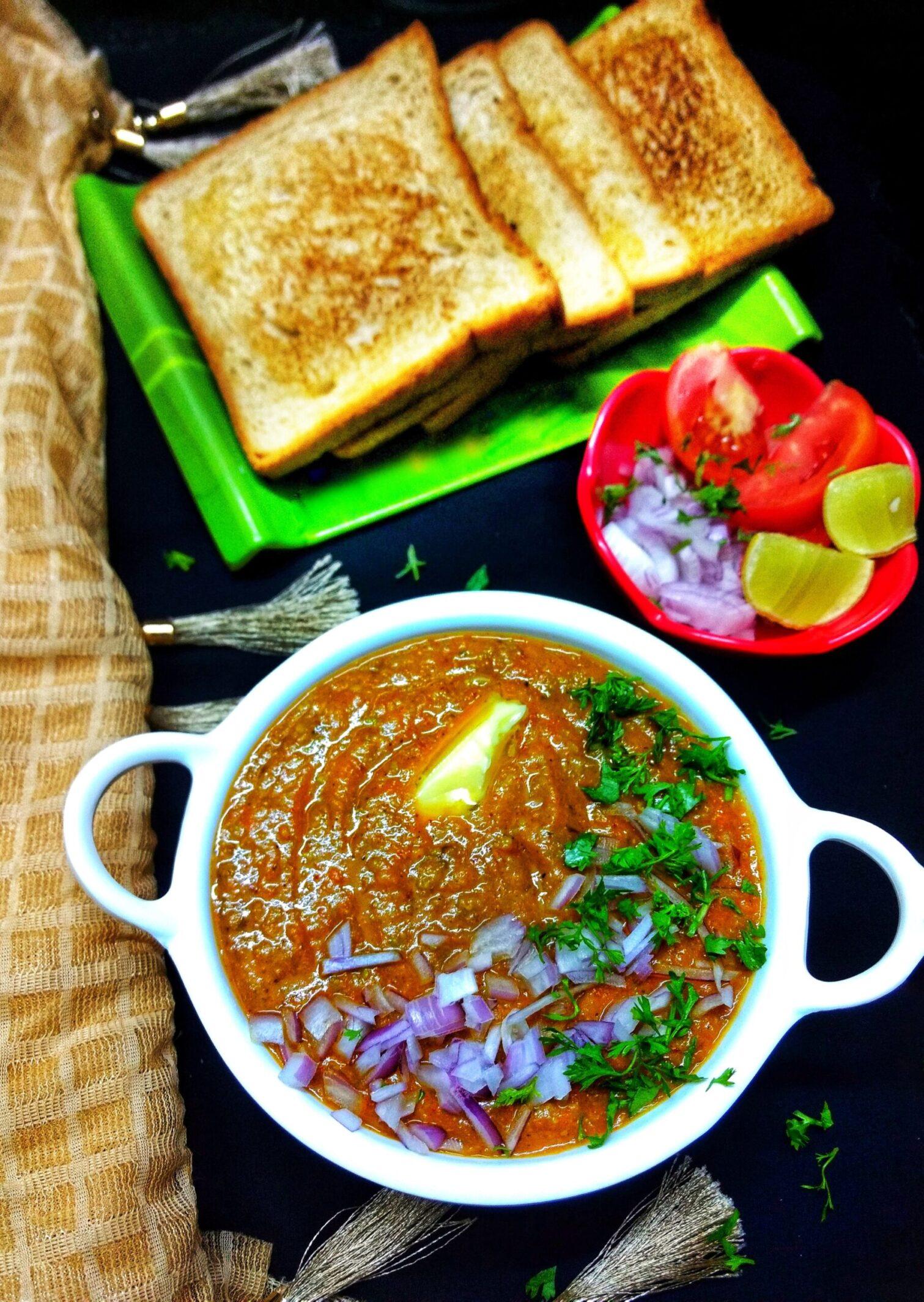 Pav Bhaji recipe – Authentic Mumbai street style