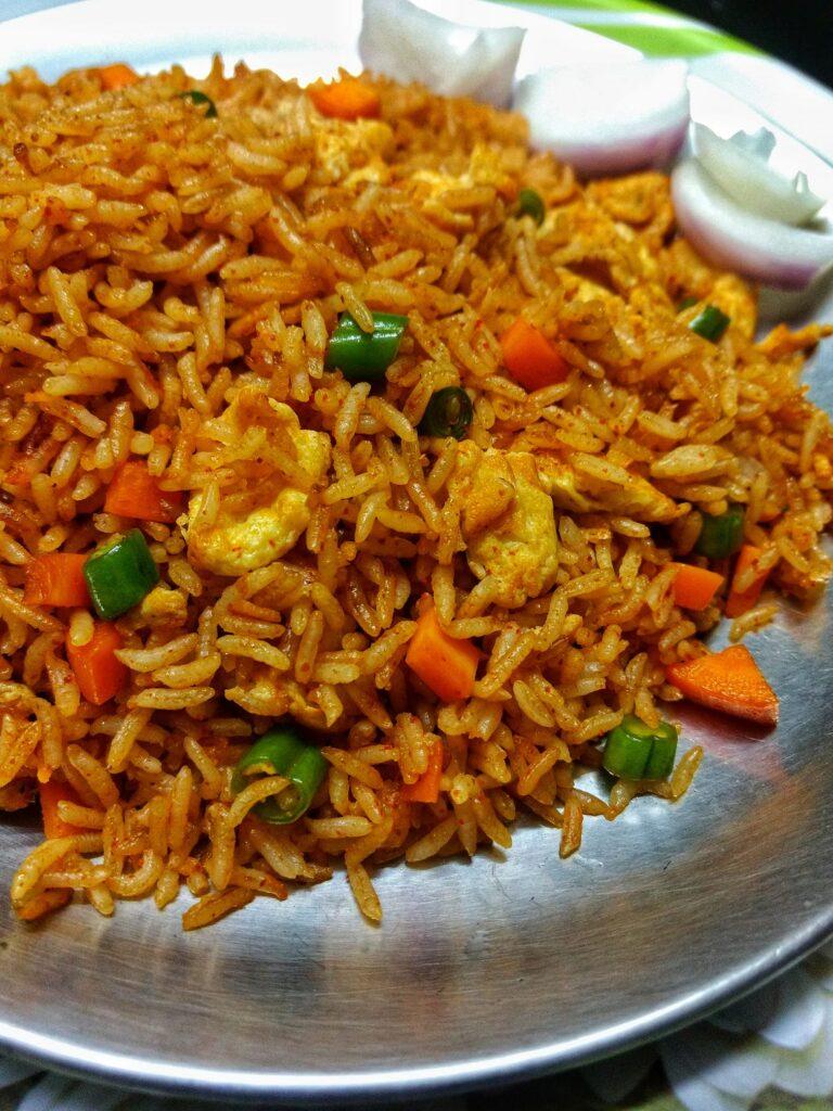 Street style egg fried rice